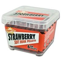 Пеллетс мягкий DYNAMITE BAITS Soft Hook Pellets Strawberry 6мм 0,5кг